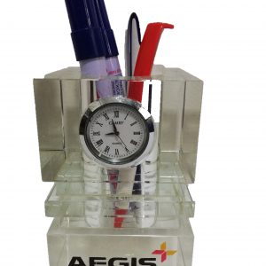 table clock wth pen holder 1